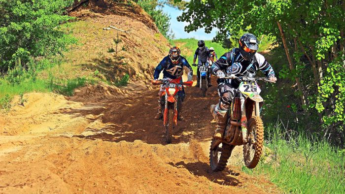 Neuried: Motocrossler machen Neuried unsicher