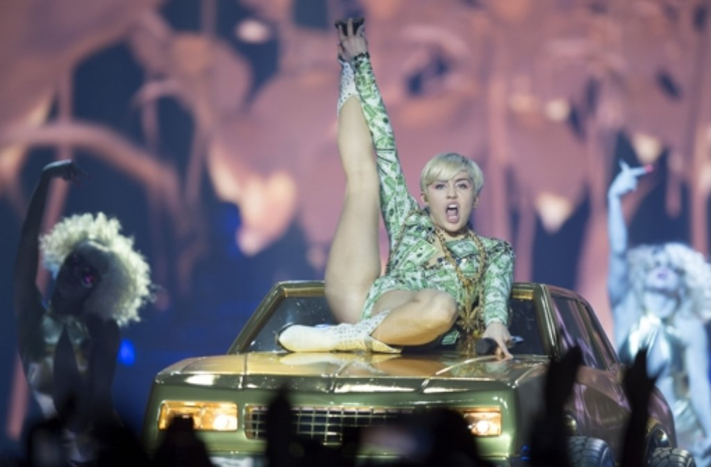 Miley cyrus lanxess arena cologne 2014 - 2 8